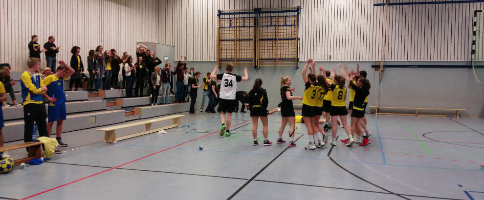 DTB-Pokal: Pegasus 1 triumphiert im Final-Krimi